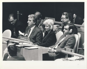 Бураўкін Генадзь сярод дэлегатаў ХХХI сесіі Генеральнай Асамблеі ААН. г. Нью-Ёрк. 1976 г.